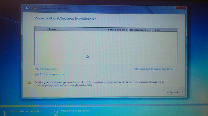 Medion AKOYA P7818_windows_02