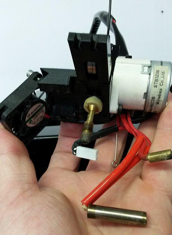 builder 3d extruder en nozzle afkoppelen 04