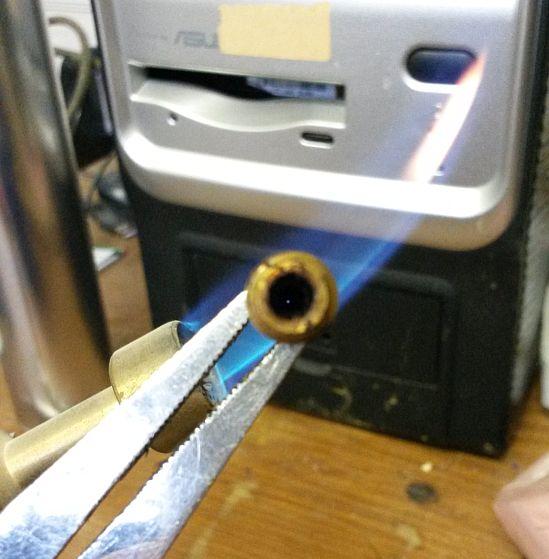 builder 3d nozzle vrijmaken met brander en ijzerdraad 01