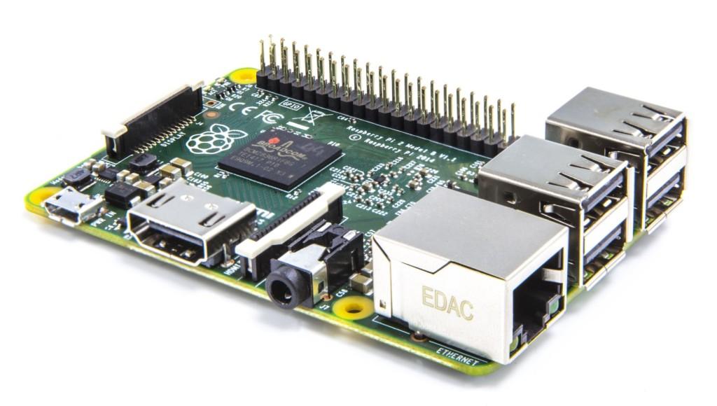 Raspberry Pi 2 Model B schuin aanzicht voorkant