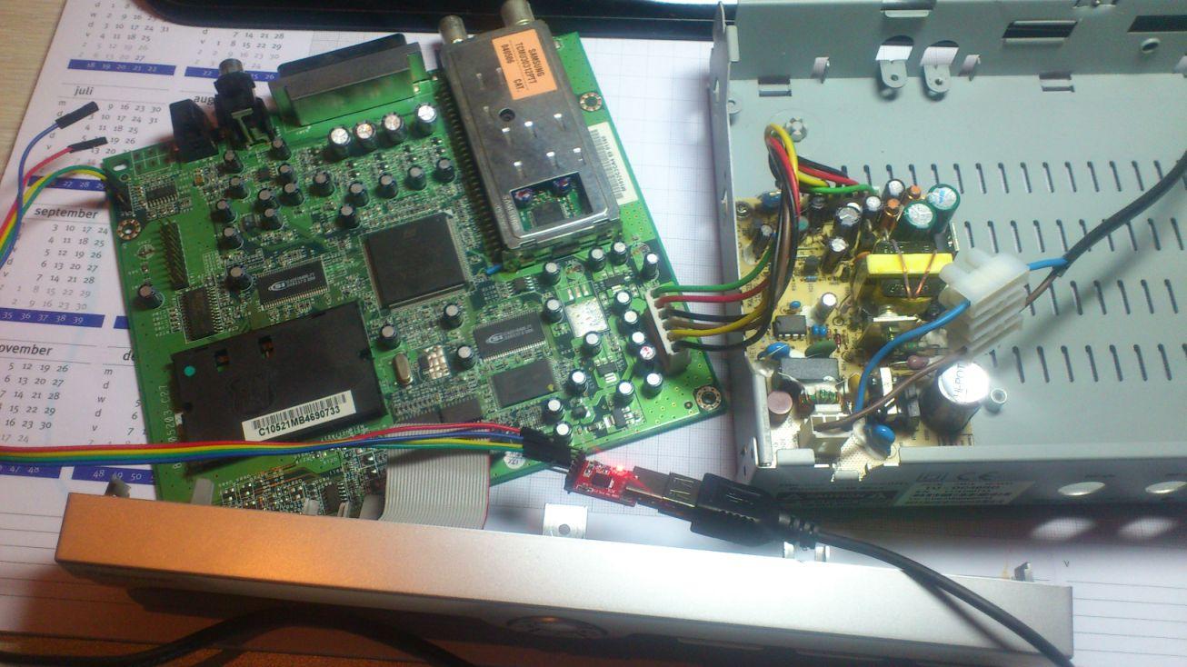 Panasonic TU-DC40RD decoder binnenkant UART